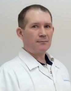 Алакин Леонид Владимирович, врач-офтальмолог